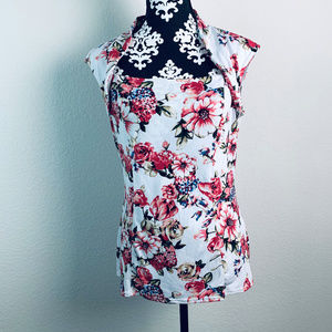 WBHM White house black market floral blouse
